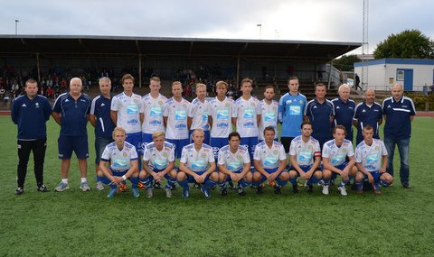 Tyvärr blev det förlust mot Grebbestad i DM Finalen 2013. Vi kan dock bjuda  på lite bilder från matchen som vi tackar Anders Bergsten så mycket för. c1f79229c3bed